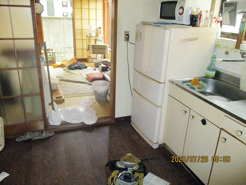 東京都足立区の孤独死された故人のご自宅の特殊清掃と遺品整理のご依頼を、不動産会社の方からご紹介を受け作業してきました。