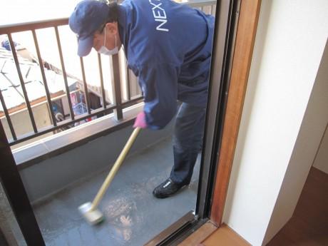 ベランダの清掃